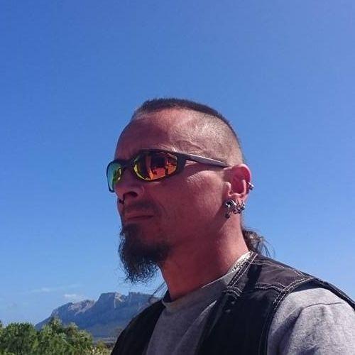 DoNuT (BROTHERS GRIM)'s avatar