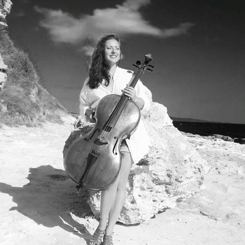 Polina Streltsova's avatar