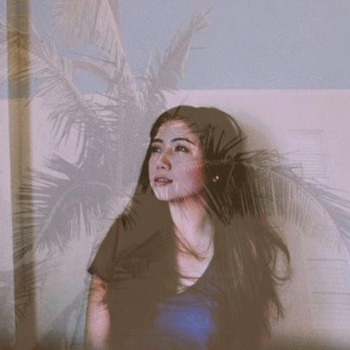 Fatima Pavia's avatar