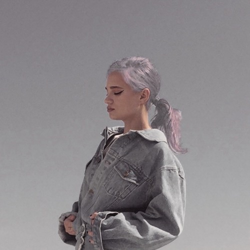 Lina Tarasova's avatar