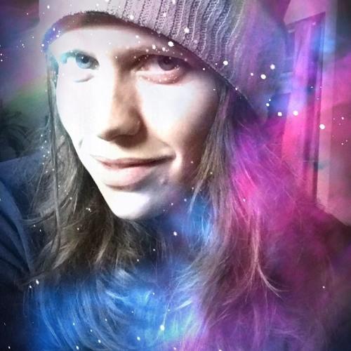 Ali Genevieve's avatar