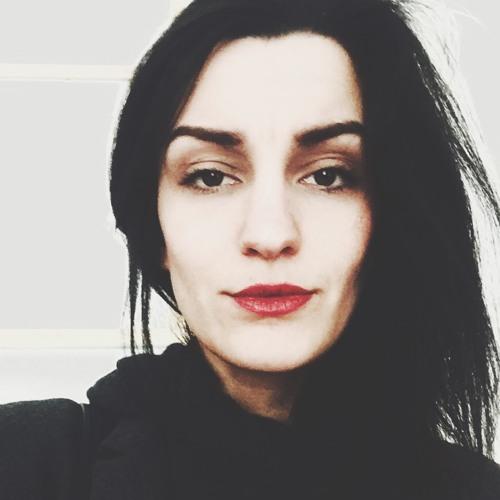 Enisa's avatar