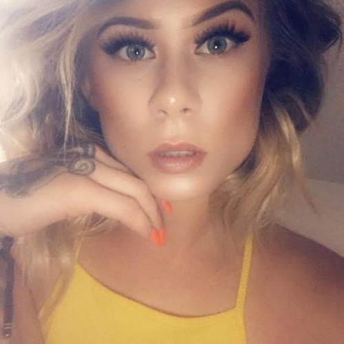Jeslyn Robles's avatar