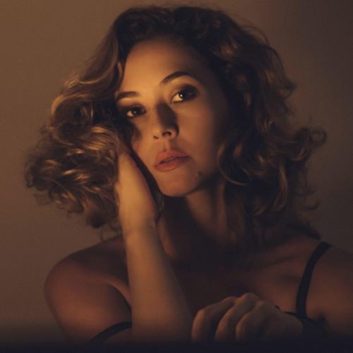Nikki Christie's avatar