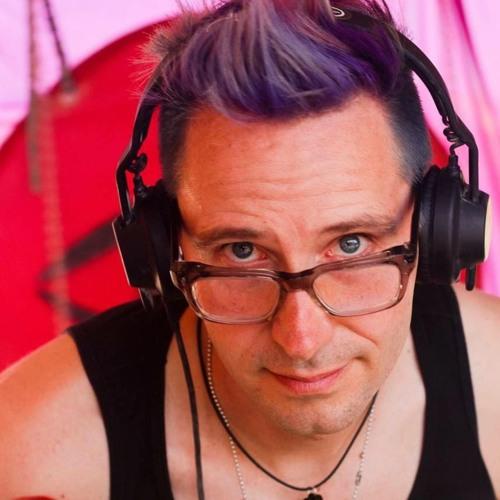 ezwhip's avatar