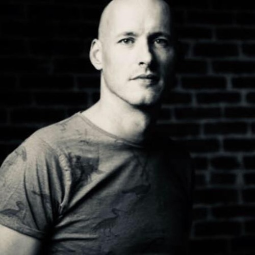 Simon Finn's avatar