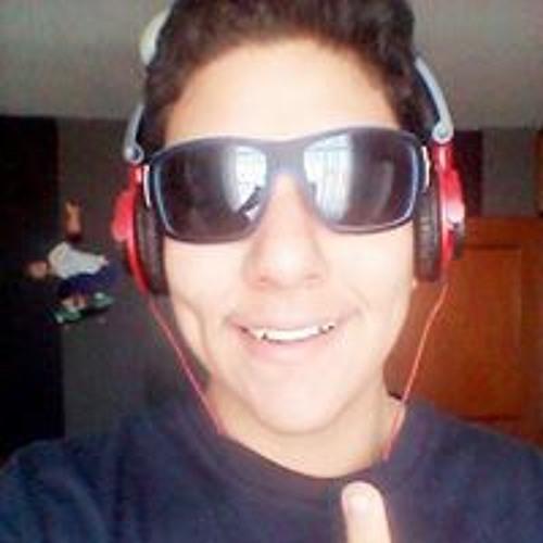 Carlos Quispe Roldan's avatar