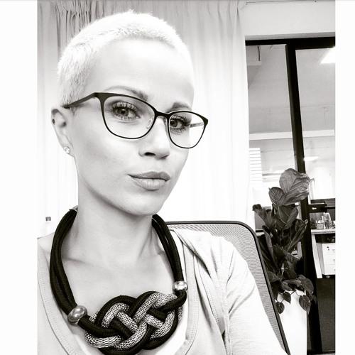 Kateline Dóza's avatar