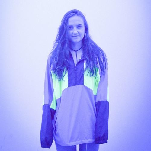 Grace Wade's avatar
