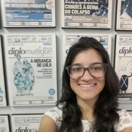 Luana Rocha's avatar