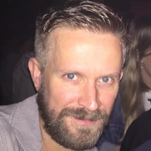 Dan Hilton's avatar