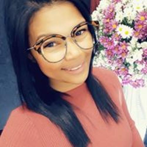 Mariana Perreira's avatar