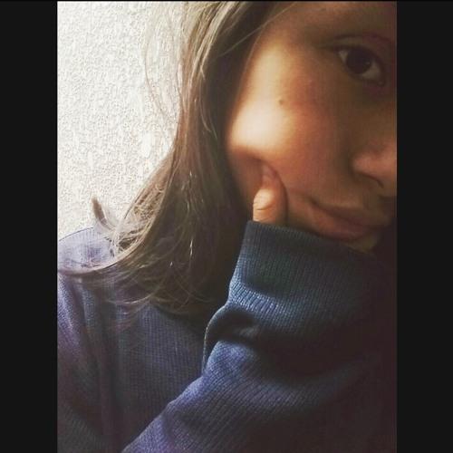 Rubi👑's avatar
