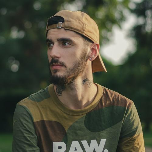 Alex Barili's avatar