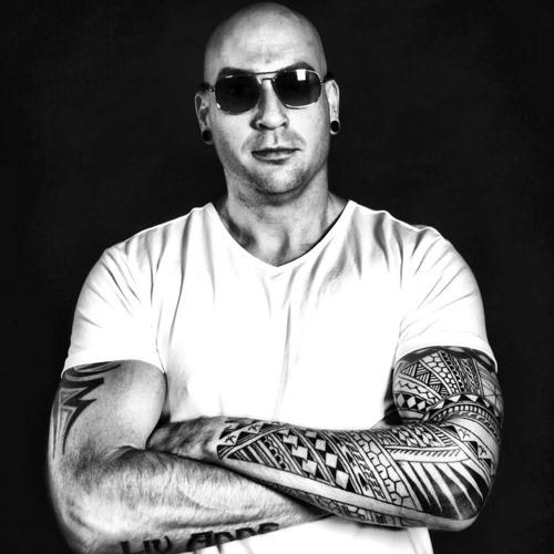 Dj Radiate's avatar