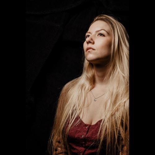 Samantha Raye's avatar