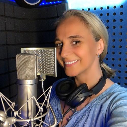 CoralieVoixOff's avatar