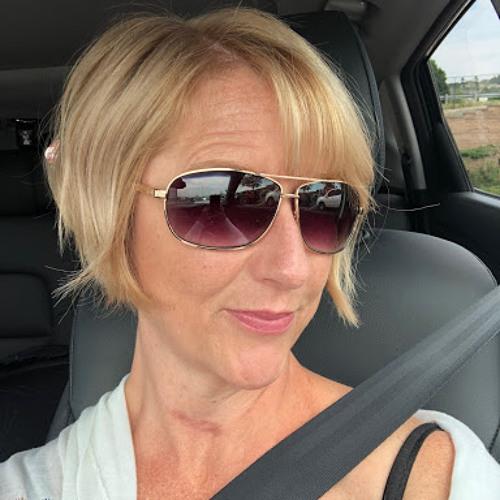 Lori Hopper's avatar