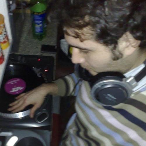 DJ Robert Shagwell's avatar