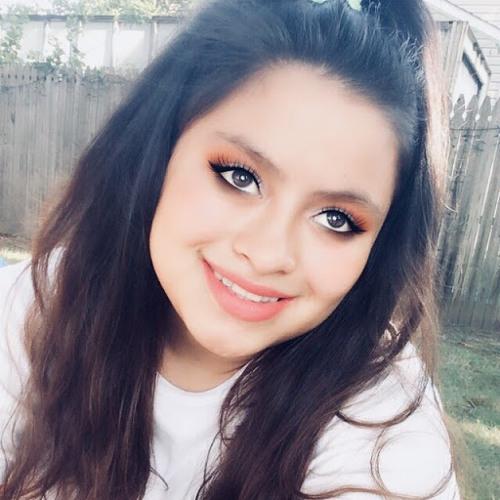 Ana Cruz's avatar