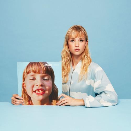 Angèle's avatar