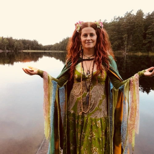 Ellen Molnia's avatar