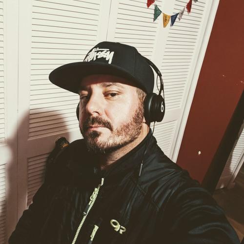 x A L I G N x's avatar