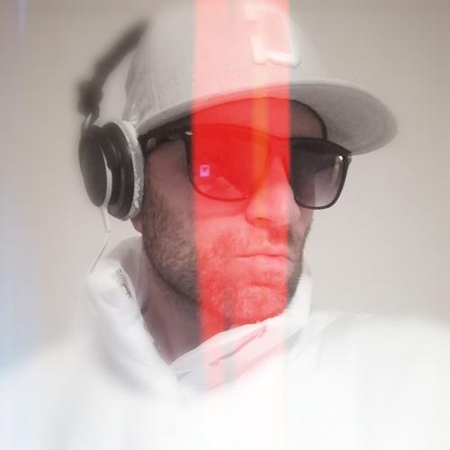 DJ. Chilloutstar's avatar
