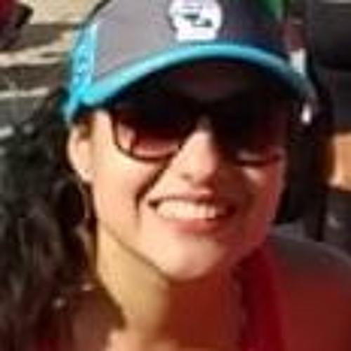 Bruna Moraes's avatar