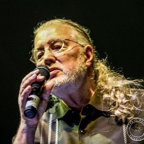 Roy Brown's avatar