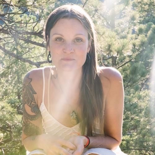 Lori Glazebrook's avatar