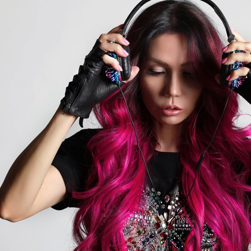 Angelina Lavo's avatar