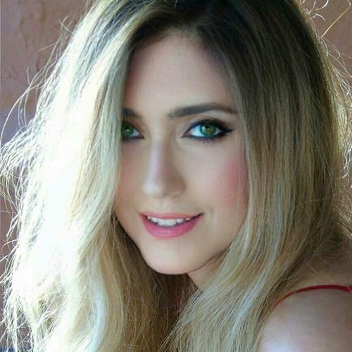 🌸 Julia Crystal 🌸's avatar