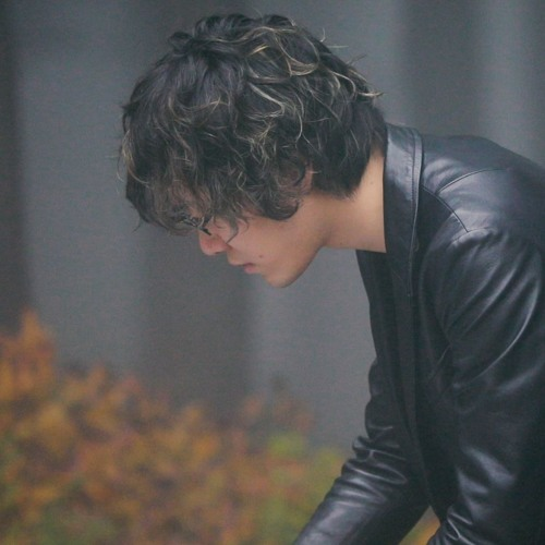 Satoshi Suzuki's avatar