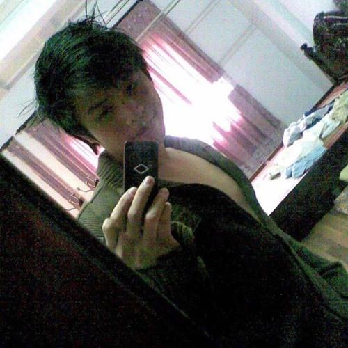 Hoang EDance's avatar