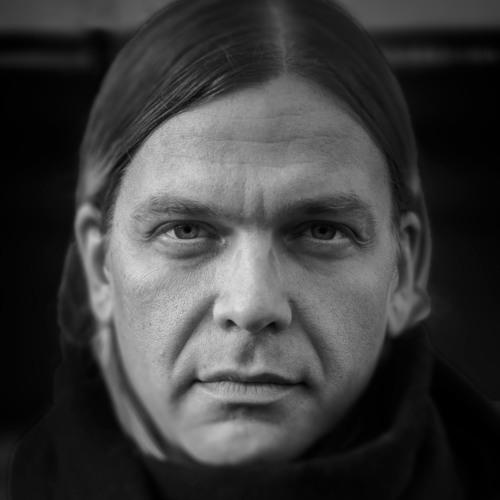 Juho Kusti's avatar