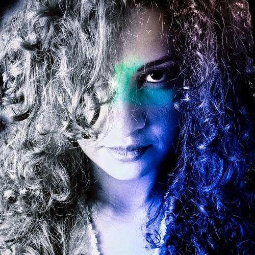 Cândida's avatar