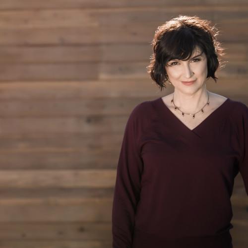 Paula Tiso Voiceover's avatar
