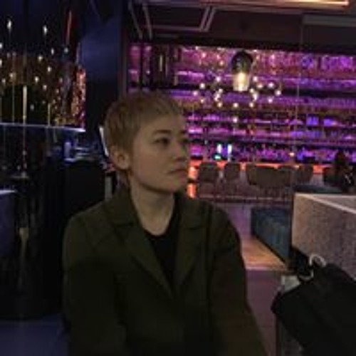 Wan Ling Li's avatar