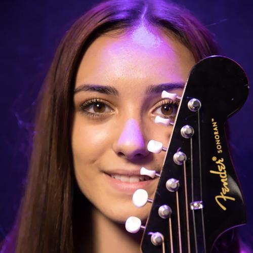 Serinity Lynn's avatar