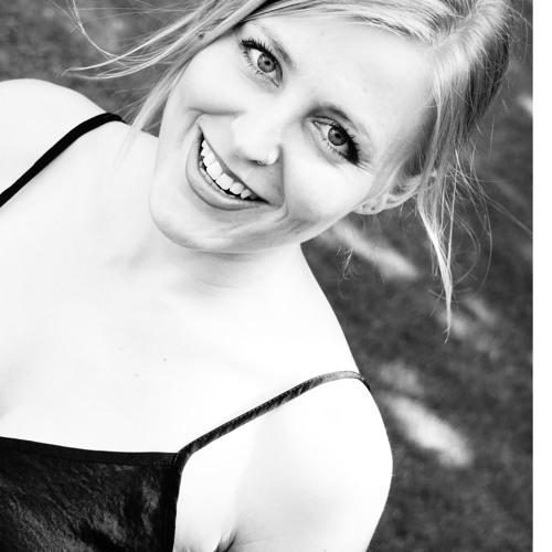 Lea Teuber's avatar