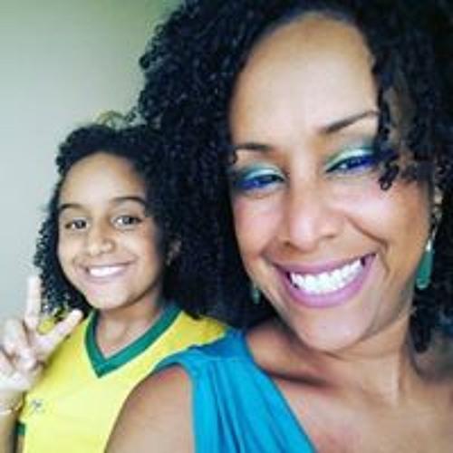 Carlinha Cristina's avatar