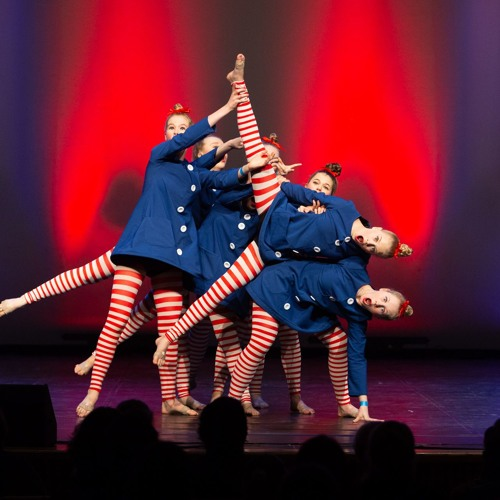 Kuinka perustan tanssikoulun?