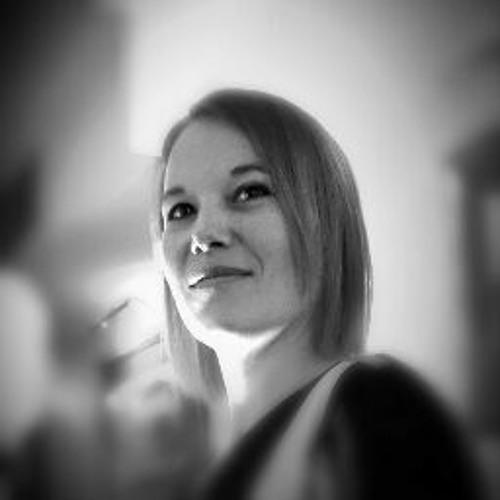 Emilie Calvez Music's avatar