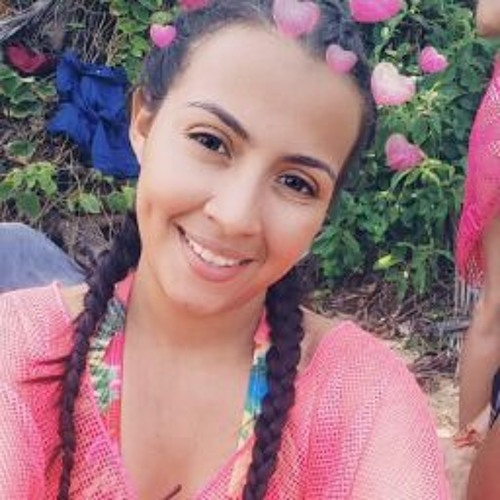 Lucy Vasquez's avatar