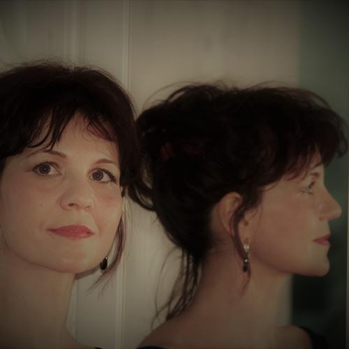 Adina Romana's avatar