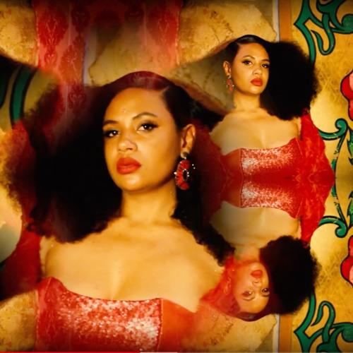 Camille Safiya's avatar