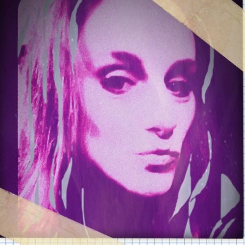 Sharon C's avatar