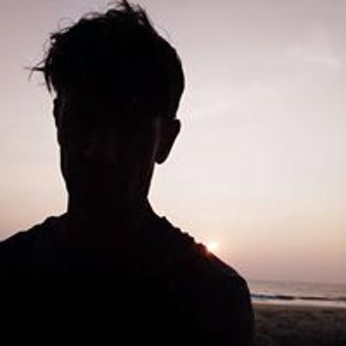 May Chay's avatar