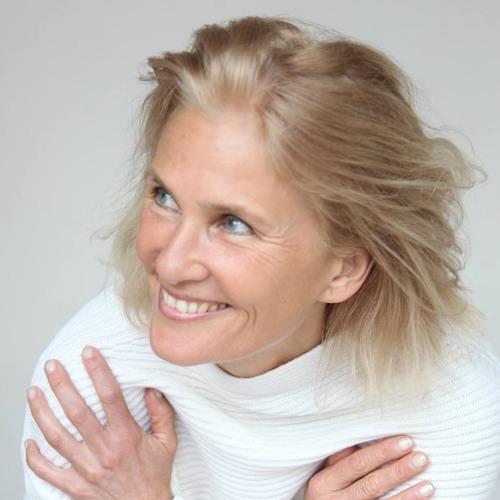 Kate Mckenzie's avatar